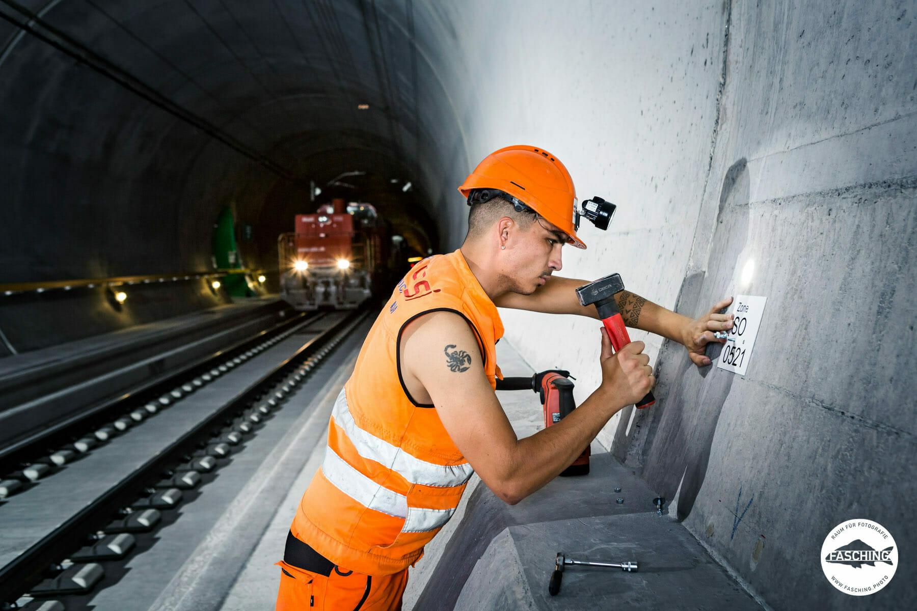 Industriefotografie des Gotthardtunnel von Luca Fasching
