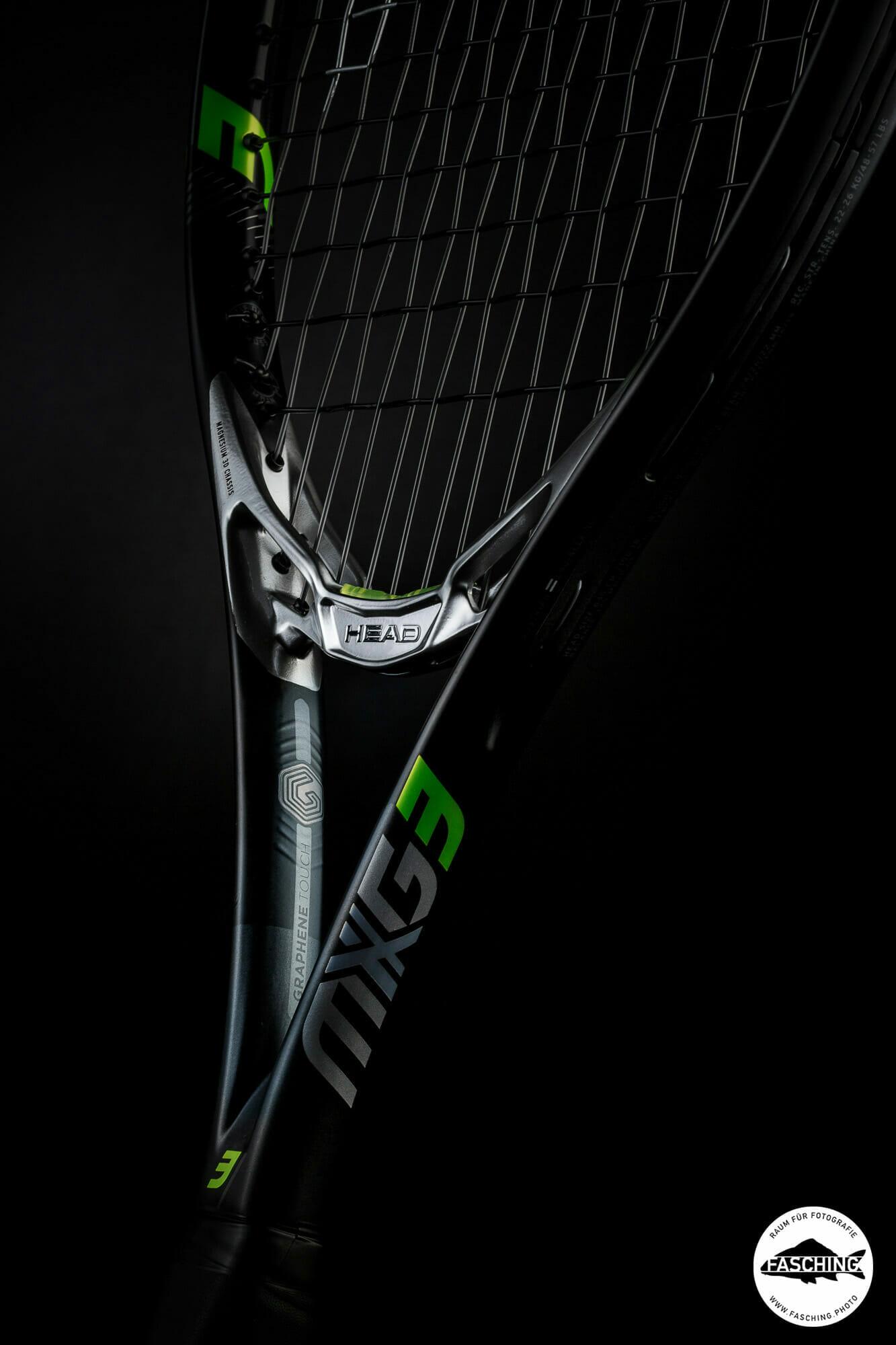 Produktfotograf Reinhard Fasching hat die neuen MXG Raquets im Studio Fasching in Bregenz fotografiert