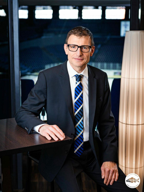 Portraits der Geschäftsführung für den Jahresgeschäftsbericht des Zürcher Hallenstadions fotografiert von den Fotografen des Studio Fasching in Bregenz