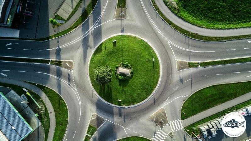 Drohnenbilder von Kunst im Kreisverkehr fotografiert von Luca Fasching
