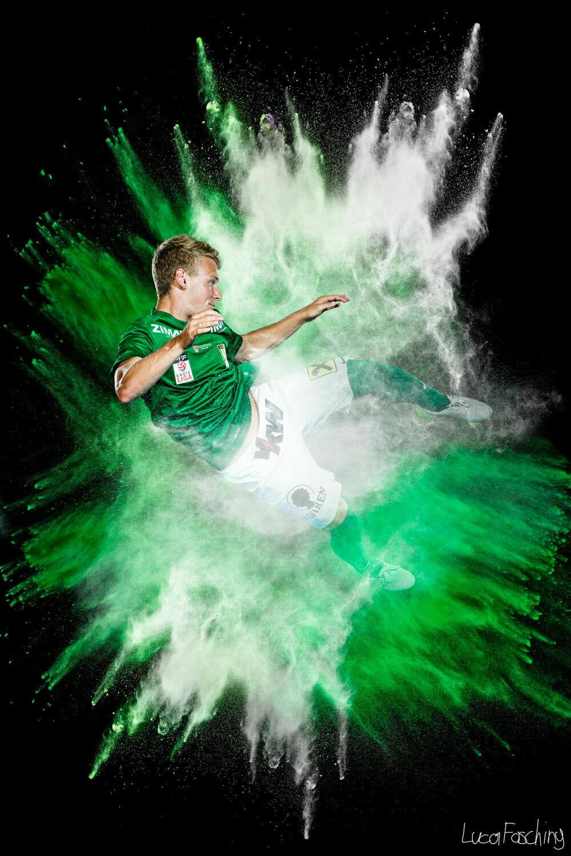 Bilder für die Autogrammkarten des SC Austria Lustenau von Sportfotograf Luca Fasching