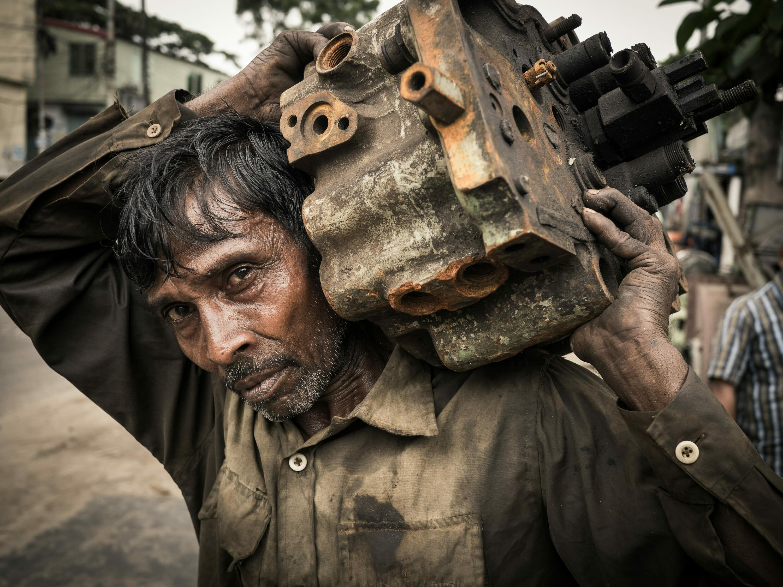 Shipbreaker, near Chittagong Bangladesh, Photographer Reinhard Fasching, Austria