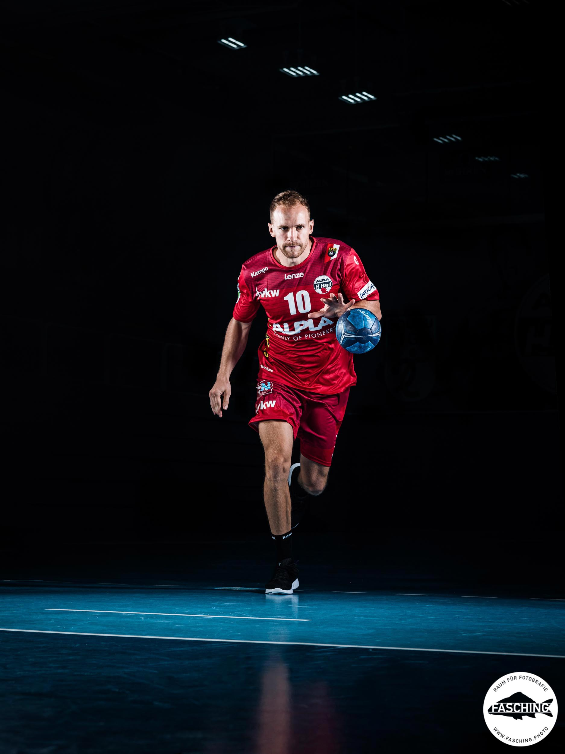Sport Fotograf Luca Fasching fotografiert für Alpla Hard
