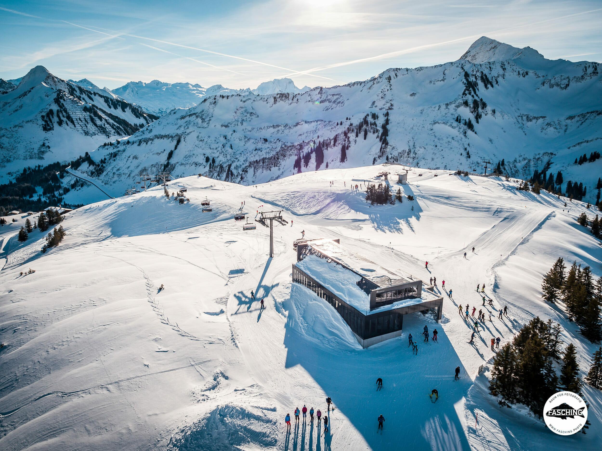 Drohnenfoto 6er Sesselbahn, Oberdamüls, fotografiert von Studio Fasching, Bregenz